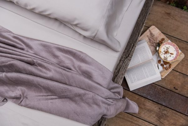 bamboo throw - simply taupe