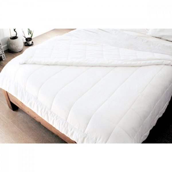 Bamboo All Seasons Quilt_bed2