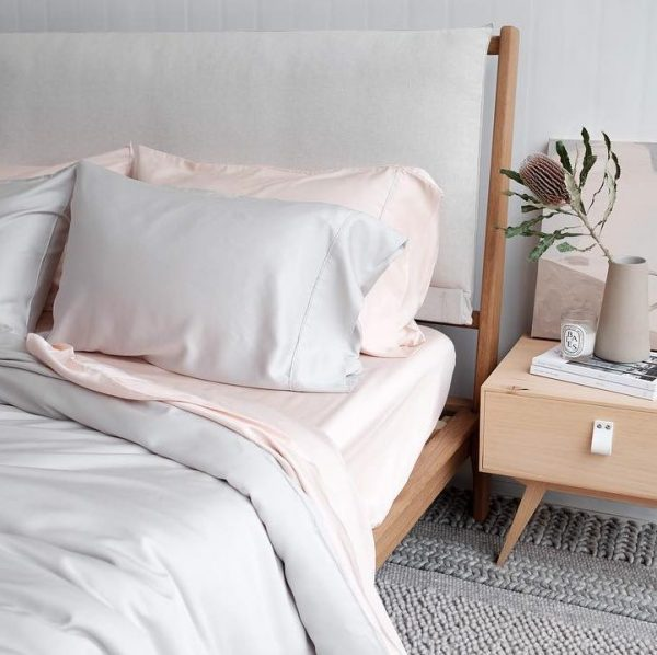 Bamboo Sheets - Blush and Silver